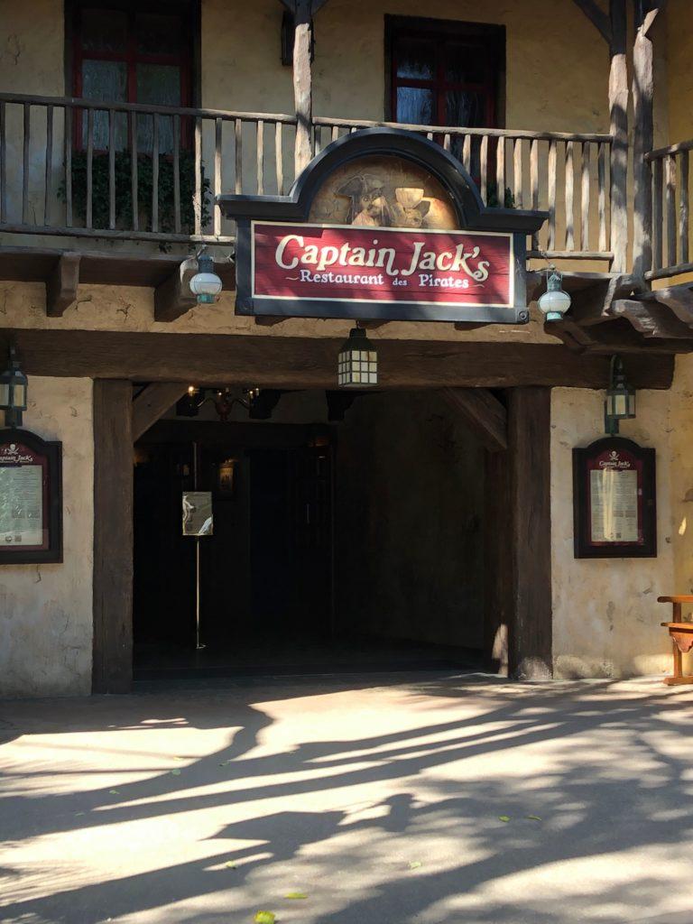 L'entrée du restaurant le Captain Jack's