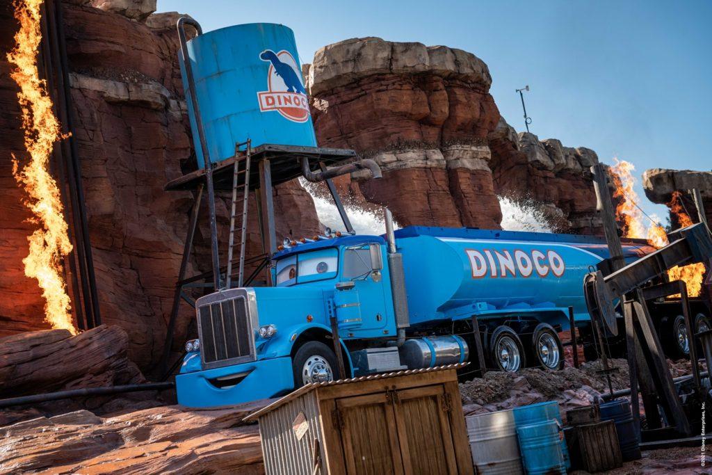 Le camion de Dinoco dans Catastrophe Canyon