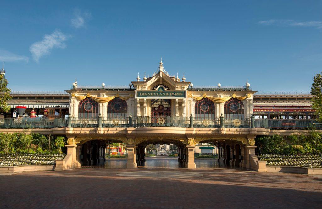 Entrance to Disneyland PAris Main Street station usa