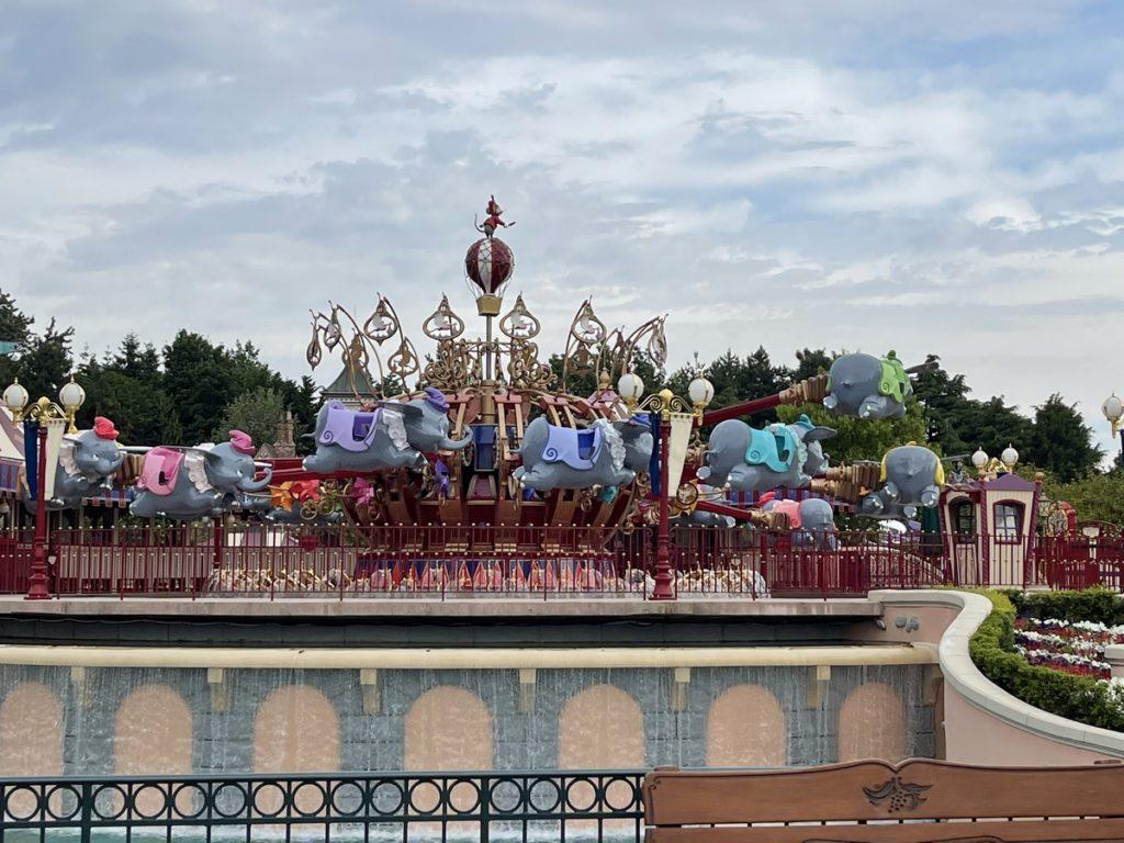 L'attraction Dumbo Flying elefant