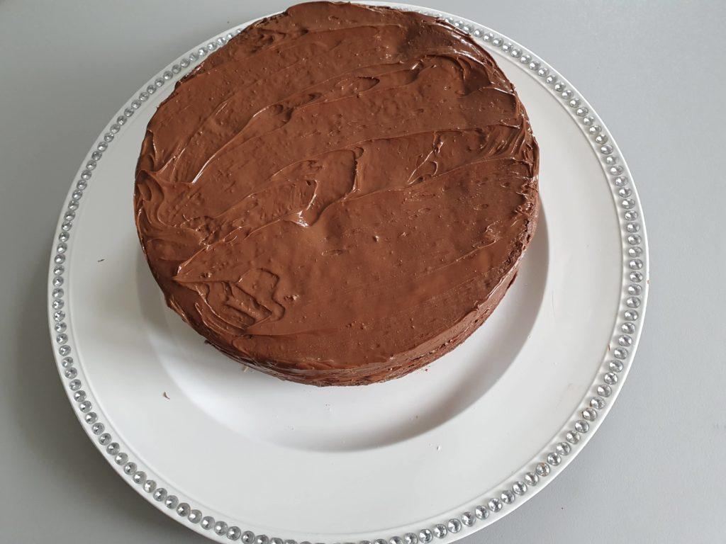 recouvrir les biscuits de crème